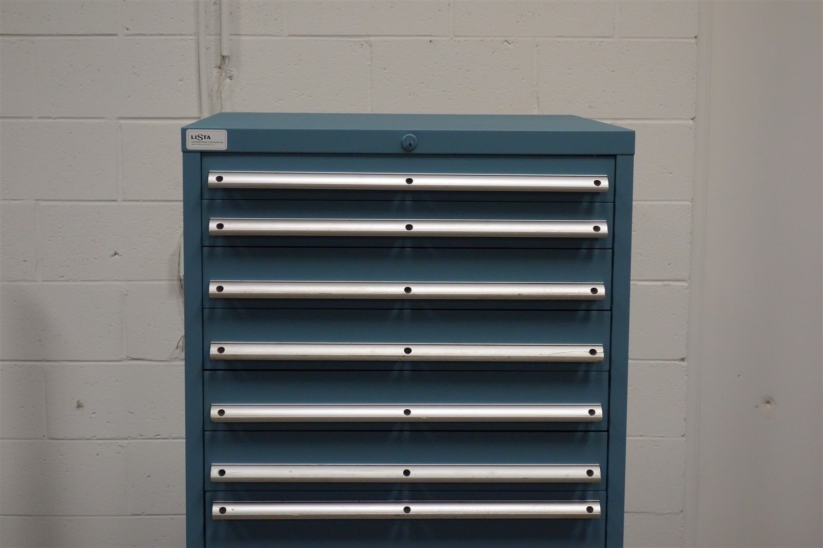 Exceptionnel Used Lista 10 Drawer Cabinet Industrial Tool ...