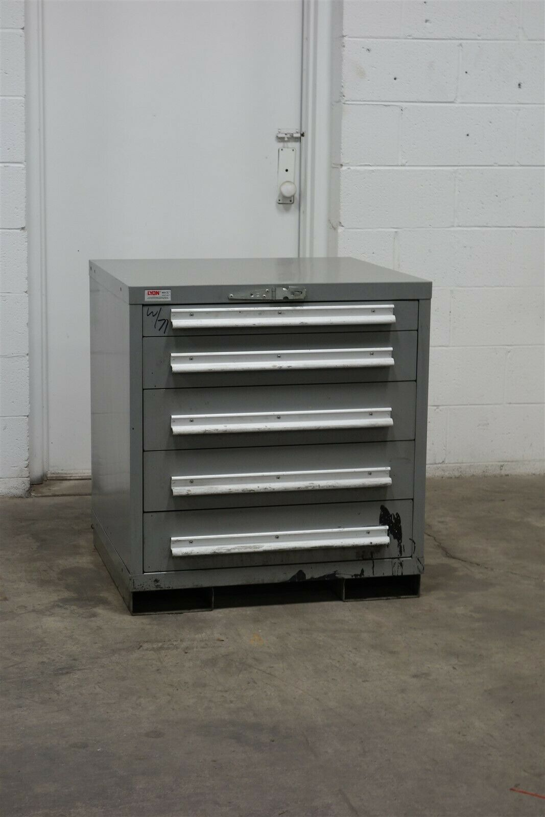 Used Lyon 5 Drawer Cabinet 33 Inch High Industrial Tool